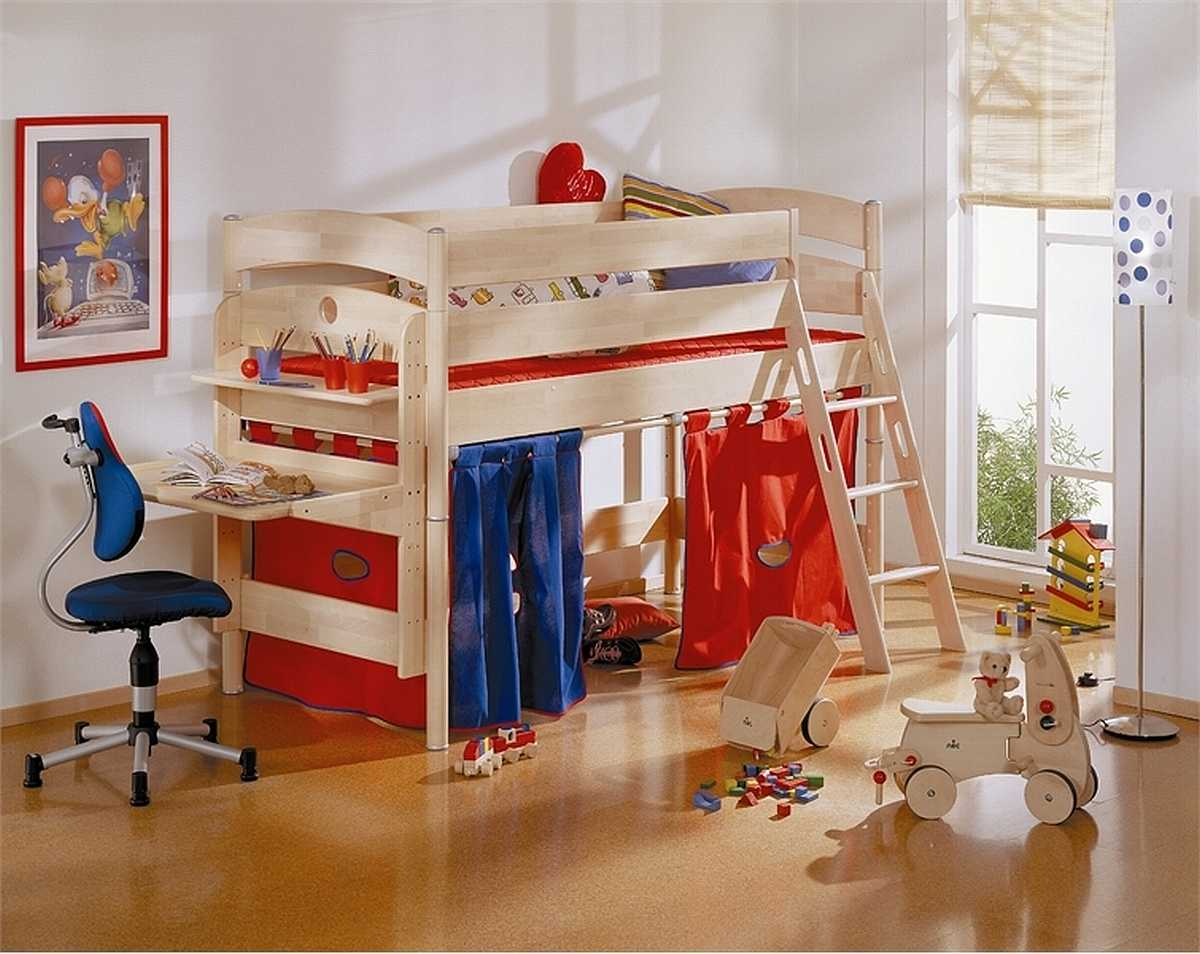 bedroom-decoration-and-playroom[1]